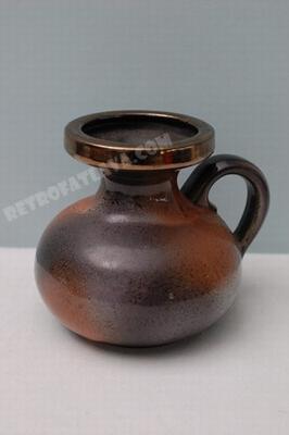Jopeko handled vase