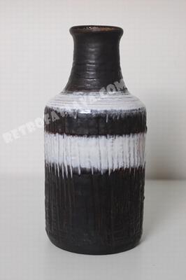 Carstens Tönnieshof  Bottle vase